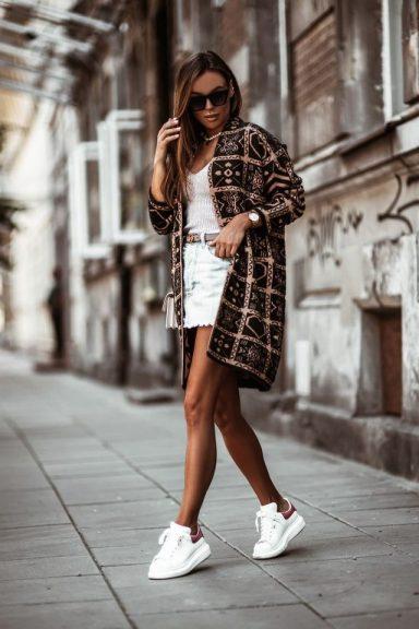 Cocomore czarny beż czerń płaszcz sweter wzory