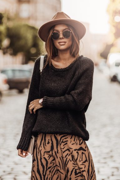 Cocomore sweter czarny rulon