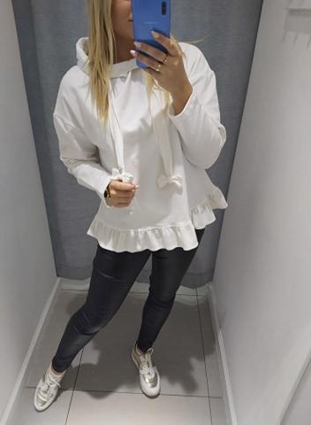By o la la biała bluza kaptur kokardki welur M/L