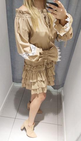 By o la la beżowa sukienka gipiura hiszpanka M
